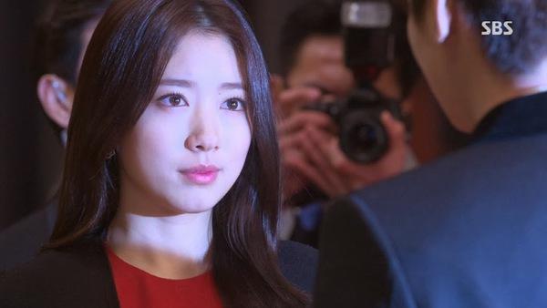 """""""Kim Tan"""" Lee Min Ho công bố người yêu trước báo giới 6"""