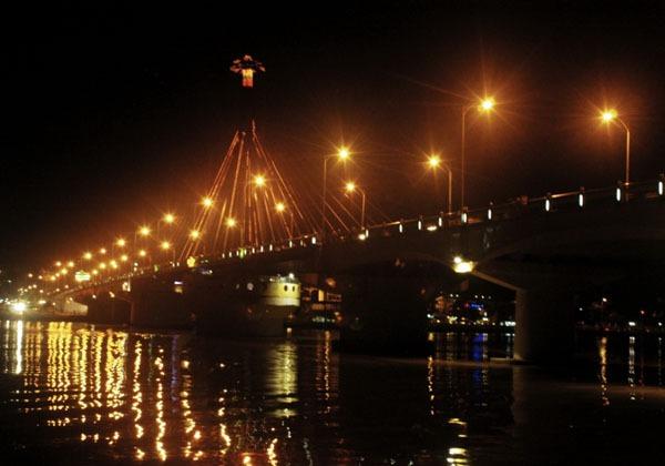 Những địa điểm cực đẹp để chiêm ngưỡng lễ hội pháo hoa Đà Nẵng 3