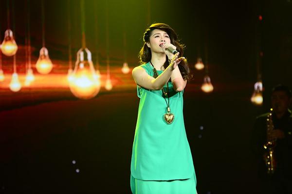"""Tứ kết 1 """"Tôi là người chiến thắng"""": Giám khảo Hoài Linh thu hút khán giả 3"""