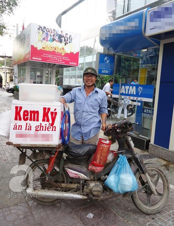 """Sài Gòn: Mua """"vé về tuổi thơ"""" với bánh mì kẹp kem siêu rẻ 6"""