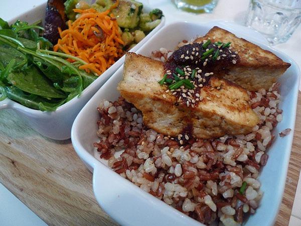 Top 5 nhà hàng châu Á bình dân ngon nhất ở Pháp 9
