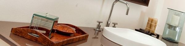 Cải tạo 2 phòng tắm xấu xí, lỗi thời trở nên đẹp và hiện đại 9