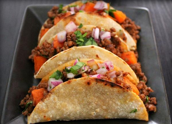 Tuyệt ngon những món ăn đường phố từ ngô của ẩm thực Mexico 2