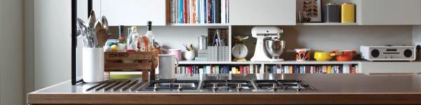 6 mẫu bàn làm việc tiết kiệm diện tích cho nhà chật 10