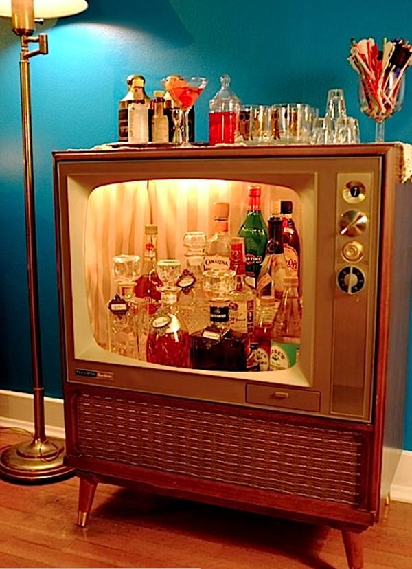 5 ý tưởng bất ngờ biến tivi cũ thành đồ dùng hữu dụng  6