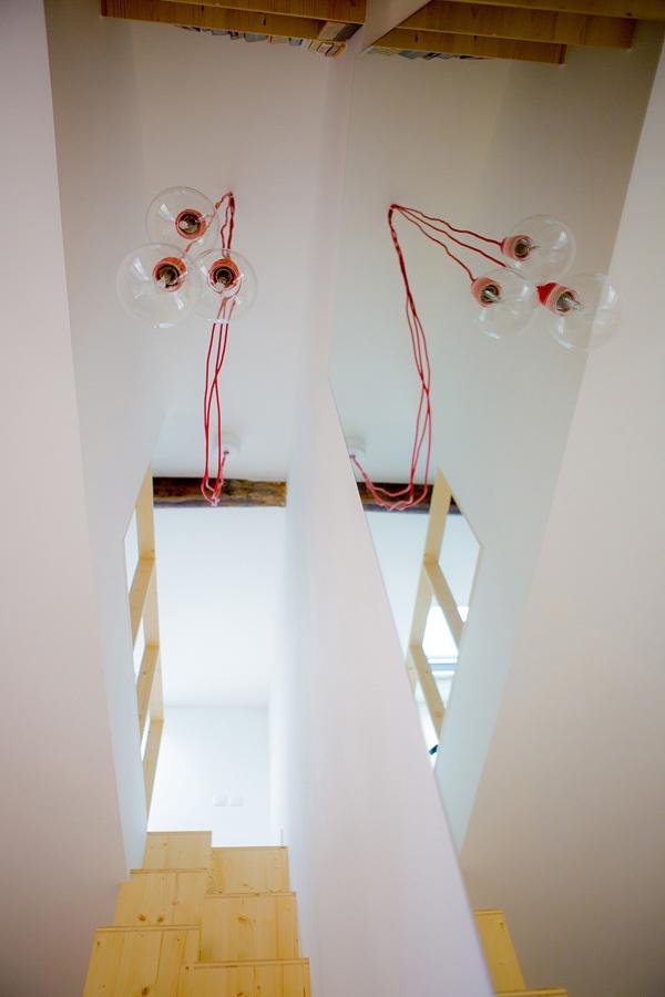 Những bất ngờ thú vị bên trong căn hộ siêu nhỏ 32m² 12