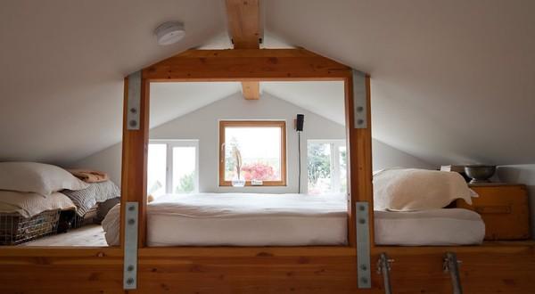 Ngôi nhà ấm cúng được nữ nghệ sĩ tự tay cải tạo từ gara cũ 8