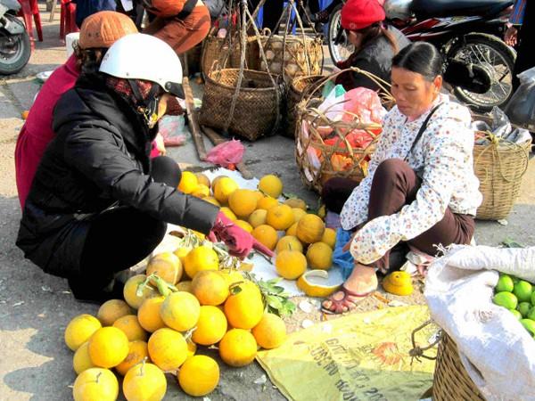 Rộn rã sắc xuân chợ phiên vùng cao Tây Bắc 3
