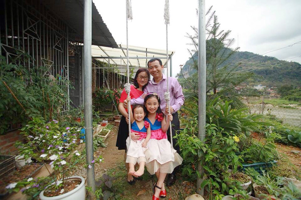 Mê mẩn ngôi nhà gỗ tràn ngập hoa trên cao nguyên đá Hà Giang 10