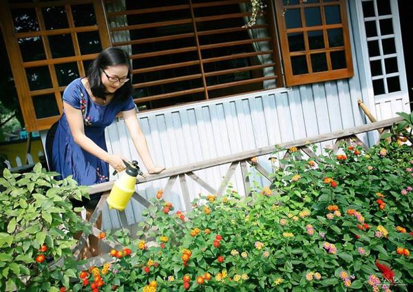 Mê mẩn ngôi nhà gỗ tràn ngập hoa trên cao nguyên đá Hà Giang 18