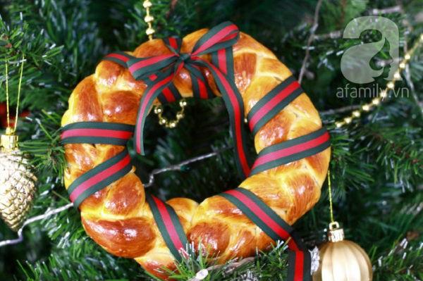 Bánh mỳ vòng nguyệt quế mềm thơm cho Noel thêm vui 27