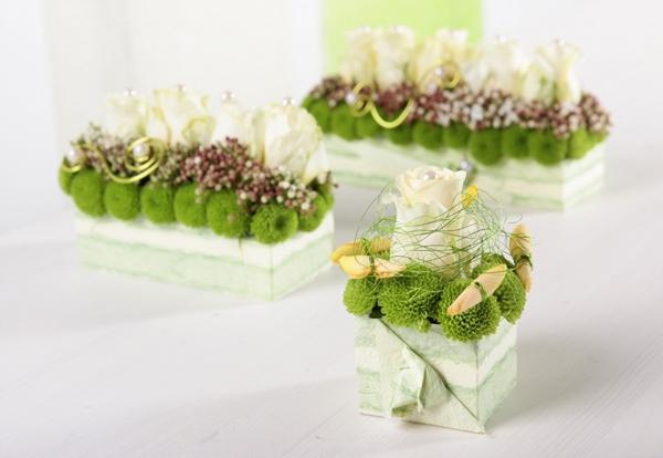 2 cách cắm hoa bàn tiệc nhanh mà trang nhã tinh tế 16