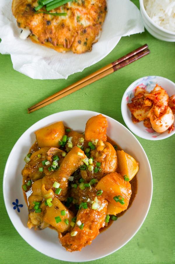 Xuýt xoa món gà kho khoai tây kiểu Hàn 19