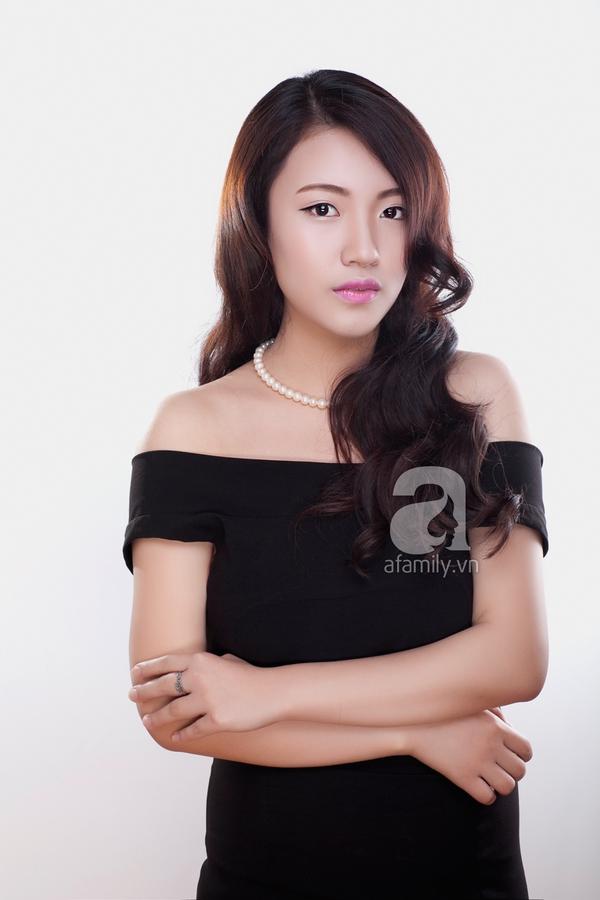 Học phong cách trang điểm môi hồng, lông mày nâu của Yoon Eun Hye 7