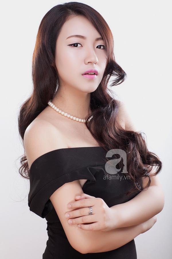 Học phong cách trang điểm môi hồng, lông mày nâu của Yoon Eun Hye 5