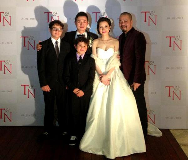 MC Anh Tuấn cưới vợ kém 14 tuổi 6