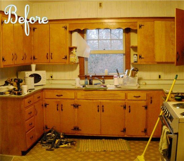 """Ngắm nhà bếp cũ kỹ trở nên tươi mới sau khi """"lột xác"""" 1"""