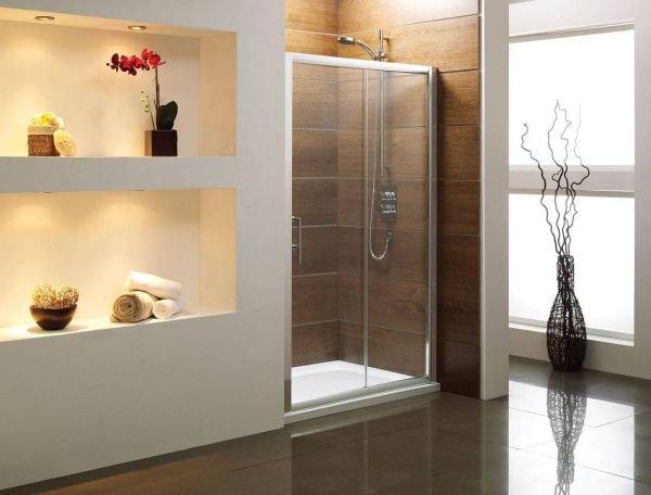 Bồn tắm đứng - giải pháp nới rộng không gian cho phòng tắm 1