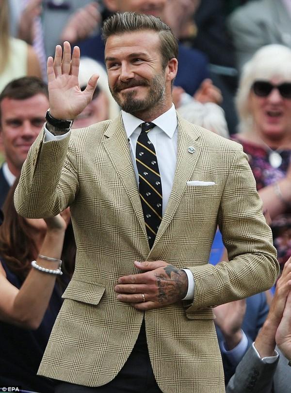 """Những bộ cánh thời trang """"đốn tim"""" phái đẹp của David Beckham  5"""