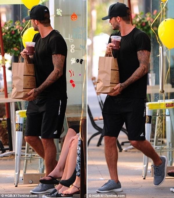 """Những bộ cánh thời trang """"đốn tim"""" phái đẹp của David Beckham  19"""