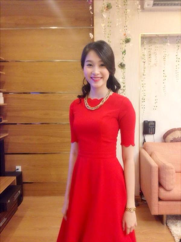 """Hoa hậu Việt Nam Đặng Thu Thảo khoe ảnh """"xì tin"""" 4"""