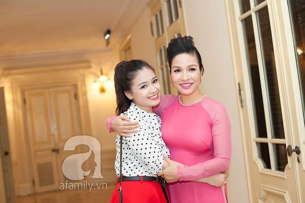 """""""Cô giáo"""" Dương Hoàng Yến: """"Tôi mang ơn thầy Mỹ Linh rất nhiều!"""" 1"""