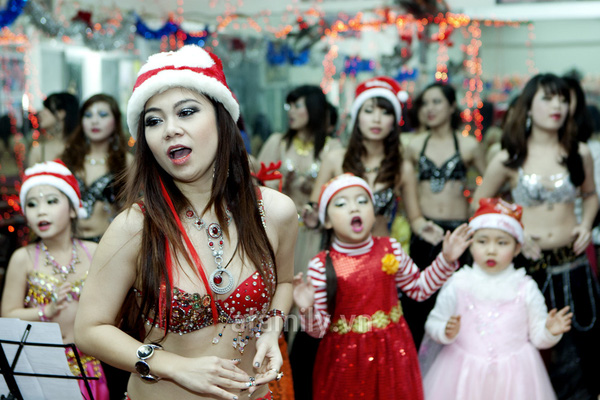 """Vũ công belly dance Đỗ Hồng Hạnh: """"Không sợ tuổi 30"""" 12"""