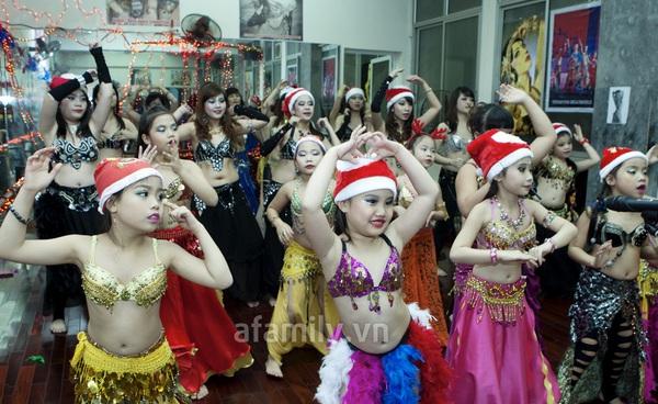 """Vũ công belly dance Đỗ Hồng Hạnh: """"Không sợ tuổi 30"""" 10"""