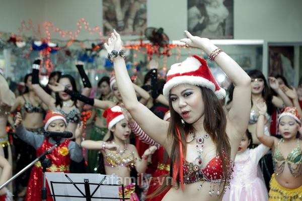 """Vũ công belly dance Đỗ Hồng Hạnh: """"Không sợ tuổi 30"""" 6"""