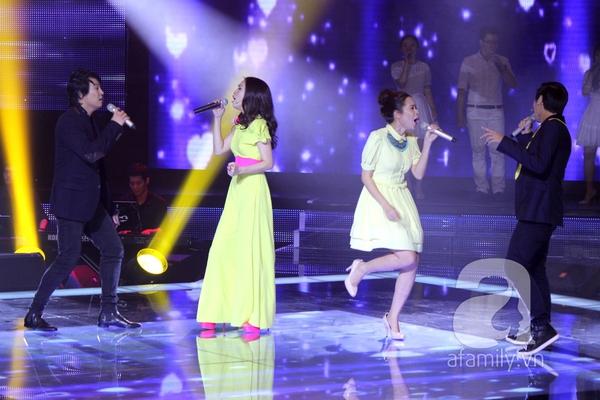 """The Voice Kids Liveshow 1: Nguyễn Quang Anh """"lên đồng"""" với """"Chiếc khăn Piêu"""" 5"""