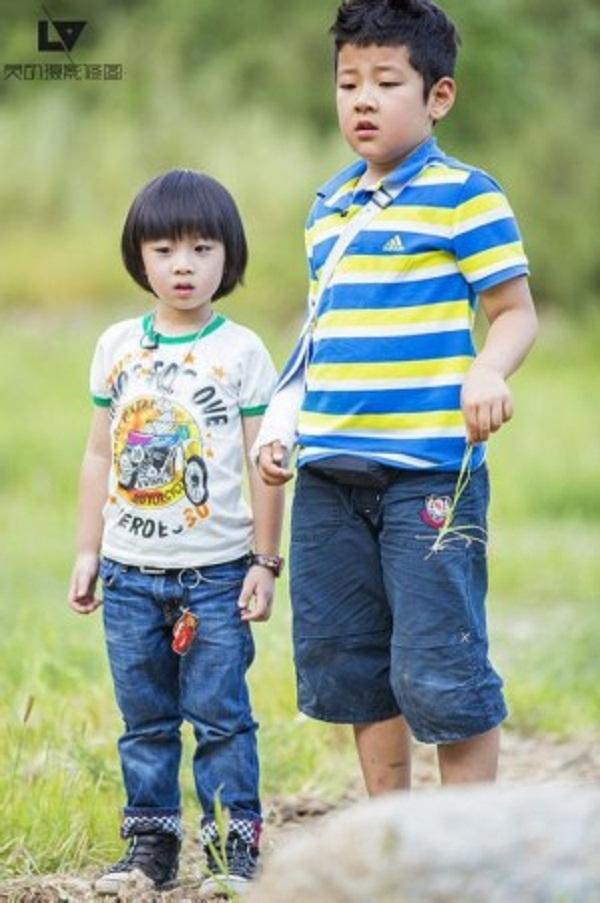 Những khoảnh khắc cực đáng yêu của con trai Lâm Chí Dĩnh 9