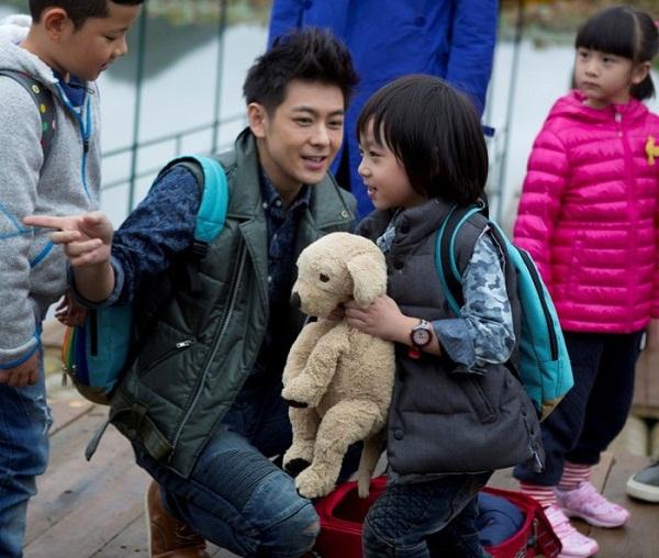 Những khoảnh khắc cực đáng yêu của con trai Lâm Chí Dĩnh 7