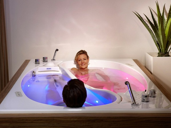Bồn tắm uyên ương – món nội thất nhà tắm lãng mạn cho cặp đôi 2