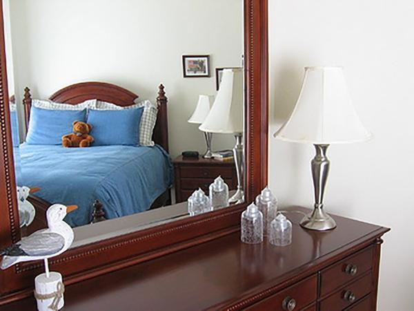 nên hay không nên để gương trong phòng ngủ? 1