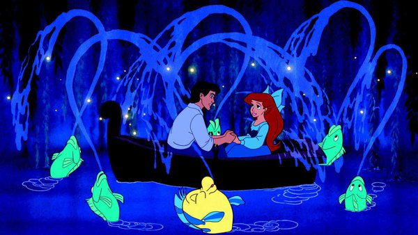 """Những """"chuyện người lớn"""" đằng sau các phim của Disney  4"""