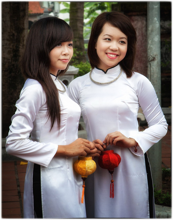 Phụ nữ Việt Nam trong mắt người nước ngoài 2