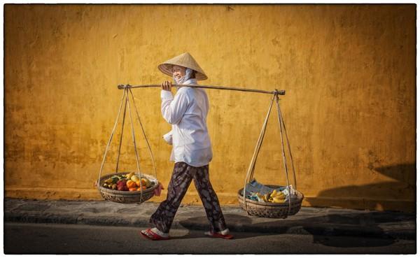 Phụ nữ Việt Nam trong mắt người nước ngoài 8