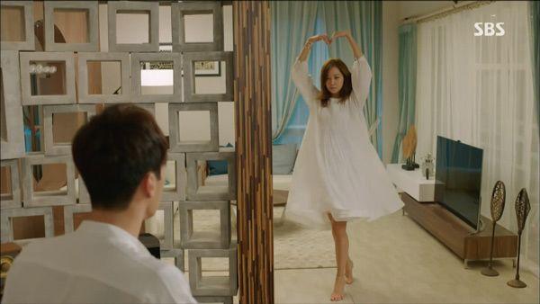 """""""Mổ xẻ"""" không gian sống của nam chính trong """"Mặt trời của chàng Joo"""" 7"""