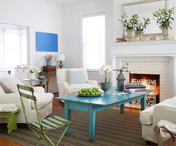 Làm đẹp và sống động không gian nhờ chiếc bàn màu sắc 2