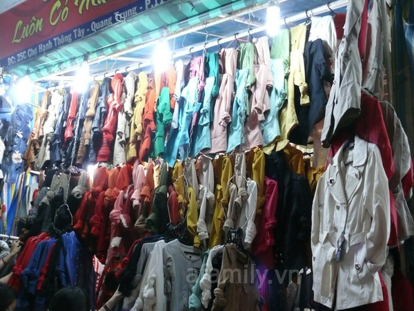 TPHCM: Chợ đêm Hạnh Thông Tây  8