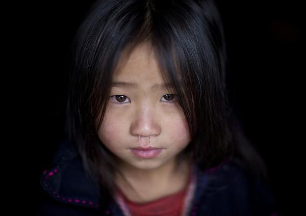 Em bé H'Mông đẹp trong veo dưới ống kính nhiếp ảnh gia nước ngoài 5