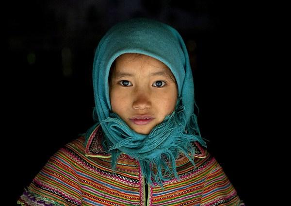Em bé H'Mông đẹp trong veo dưới ống kính nhiếp ảnh gia nước ngoài 14