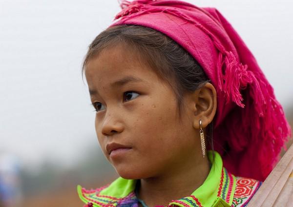 Em bé H'Mông đẹp trong veo dưới ống kính nhiếp ảnh gia nước ngoài 15