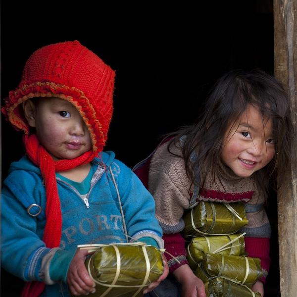 Em bé H'Mông đẹp trong veo dưới ống kính nhiếp ảnh gia nước ngoài 6