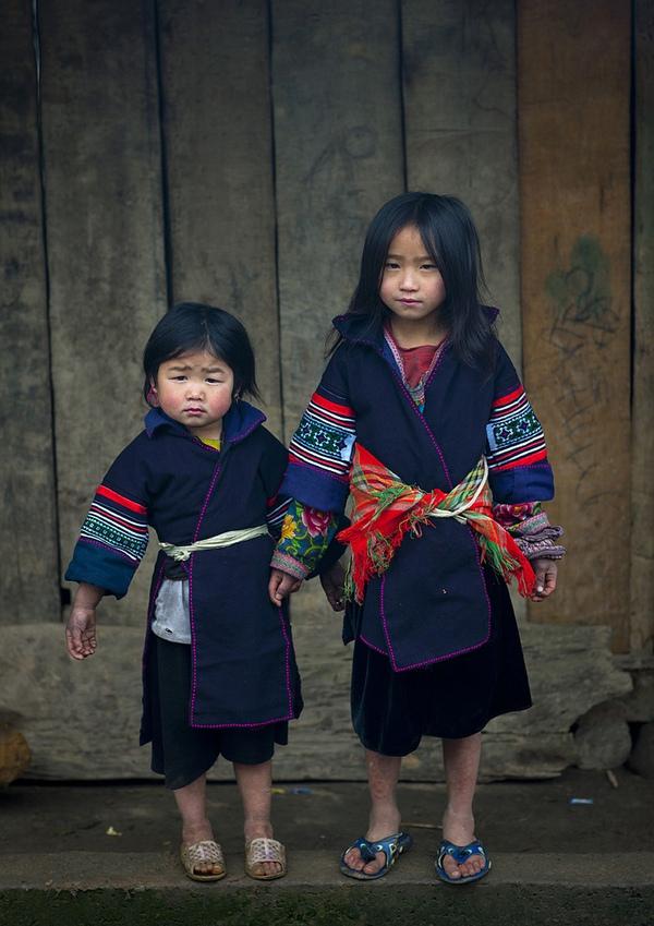 Em bé H'Mông đẹp trong veo dưới ống kính nhiếp ảnh gia nước ngoài 20