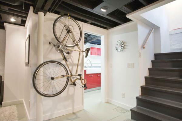 Độc đáo muôn kiểu trang trí nhà bằng... xe đạp 1