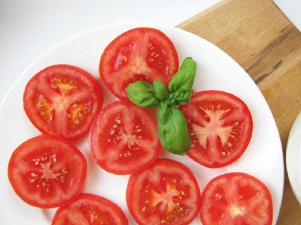 cà chua ngừa ung thư da