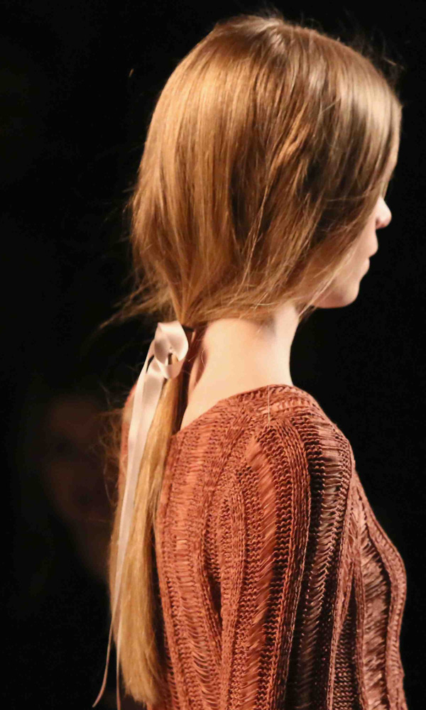 7 kiểu tóc búi/cột bạn nên thử cho mùa Hè 2013 19