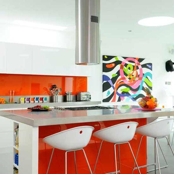 Mê mẩn với những phòng bếp màu sắc rực rỡ 1
