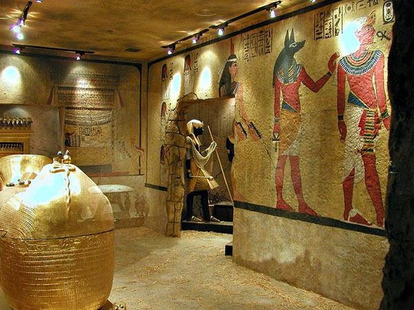 Bí ẩn của những ngôi mộ cổ 10